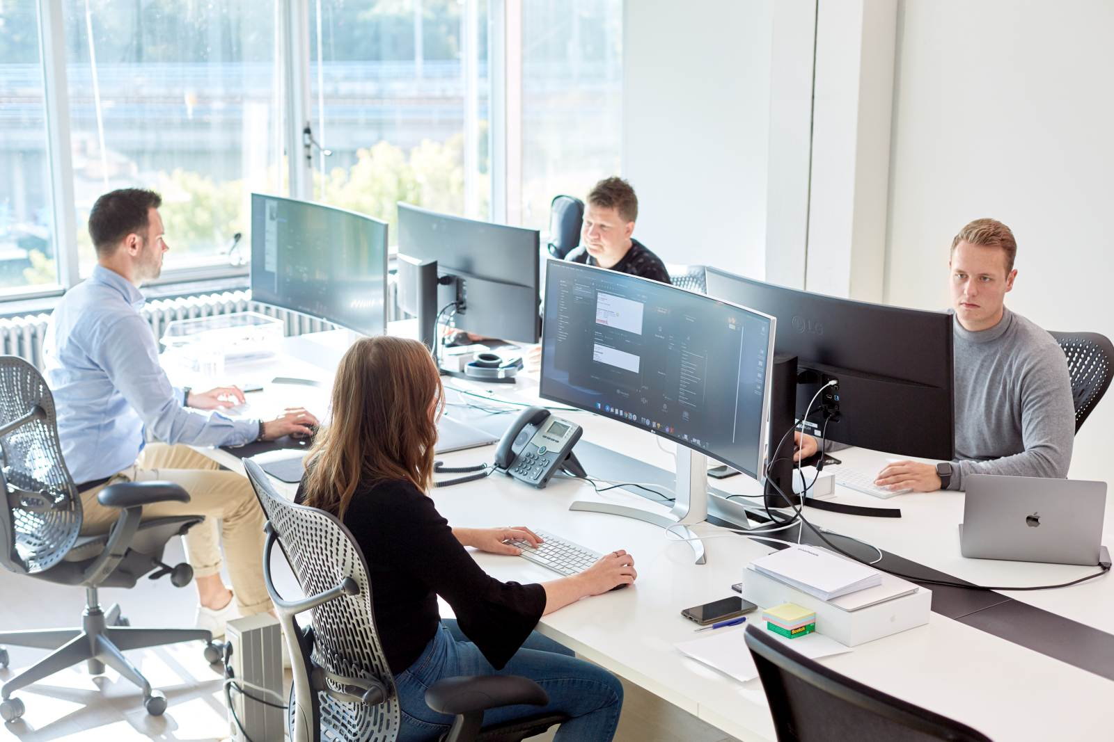 Wij ontwikkelen web apps, API-koppelingen & meer voor jouw bedrijf.